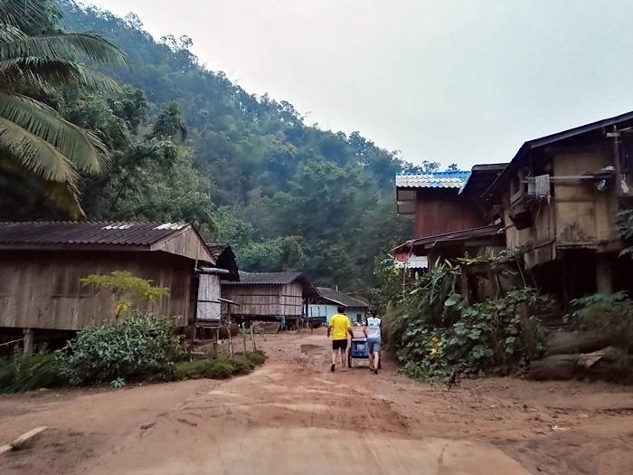 หมู่บ้านชาวปกาเกอะญอ