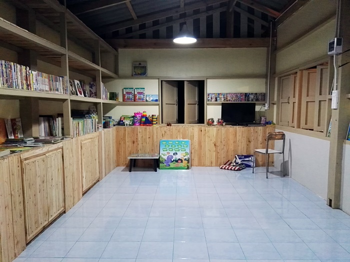 ห้องสมุดที่ชาวไออุ่น13 ร่วมสร้าง